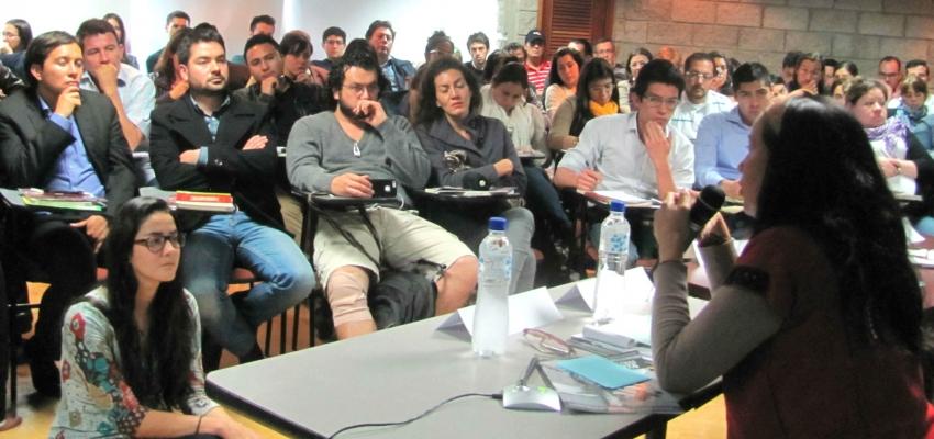 Conversatorio sobre fracking organizado en Colombia